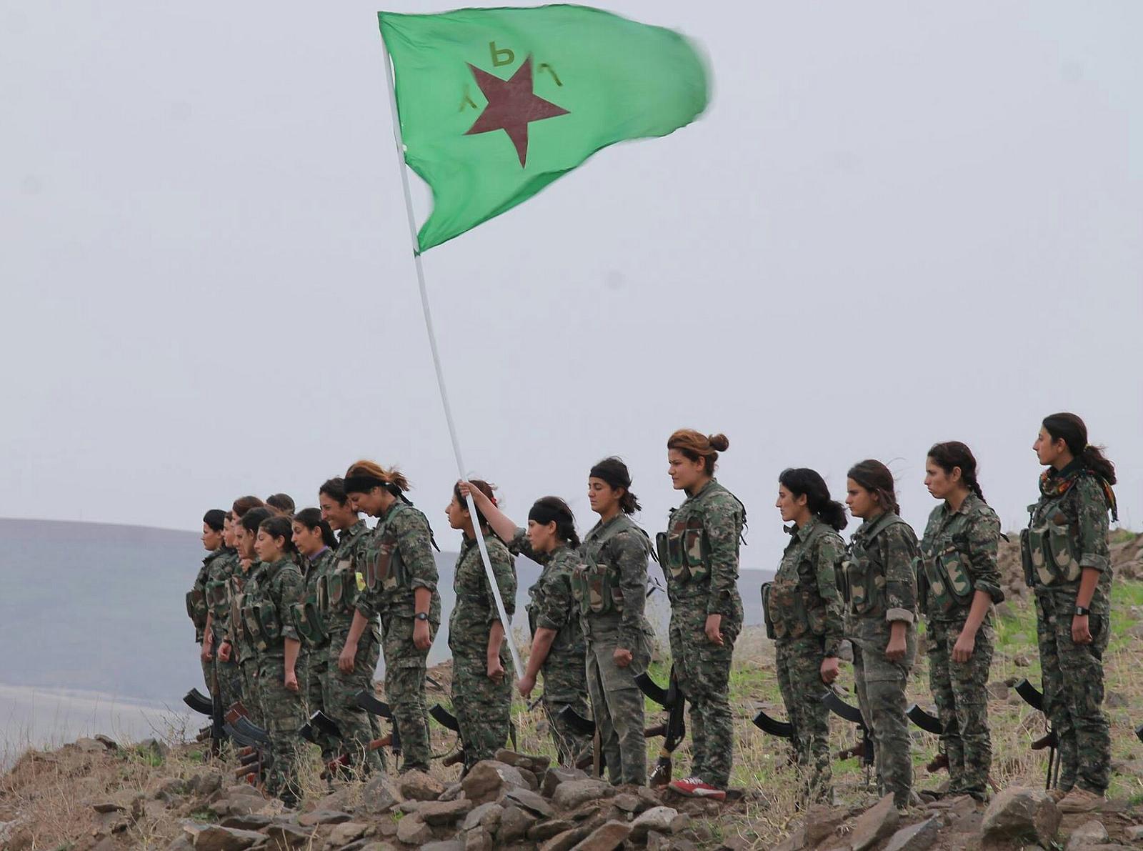 Kurdesch YPG-Kämpferinnen